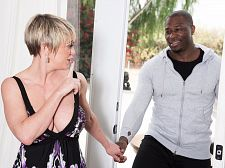 Dee Williams takes a big, dark-skinned schlong up her ass